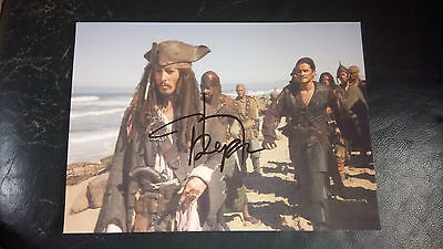 Johnny Depp Hand Signed Pirates of the Caribbean Photo AFTAL COA Film