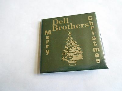 Vintage Dell Brothers Merry Christmas Columbus Clothes Store Advertising Pinback