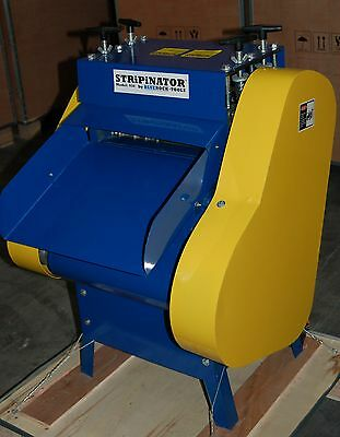 BLUEROCK Tools Model 930 STRiPiNATOR ® Wire Stripping Machine Copper Recycling