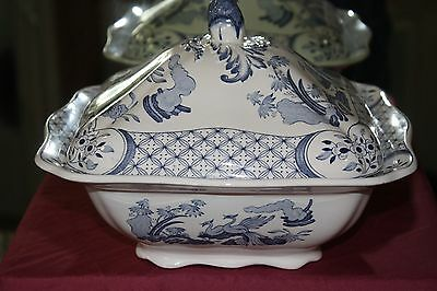 furnivals old chelsea Square lidded tureen 9.5 ins across