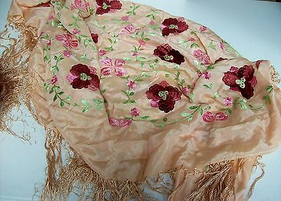 Lovely Vintage Pink Silk Embrodiered ROSES Flowers Piano Shawl