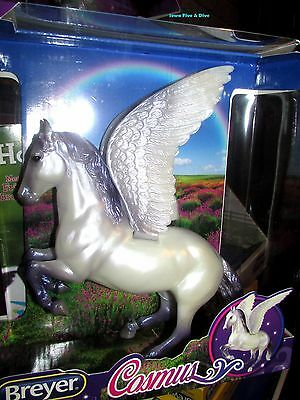 Breyer WINGED Horse #62052 Pearly Lavender PEGASUS COSMUS  Mid-Year 2017 NIB!