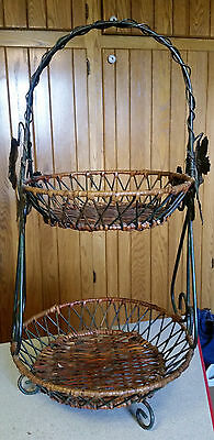 Vintage 2 Tier Round Wrought Iron Wicker Rattan Plant Stand Basket Side Table 2'
