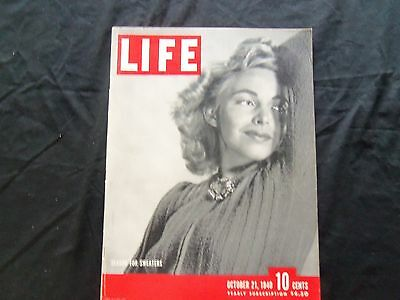 1940 October 21 Life Magazine - Sweaters In Fashion - L 205