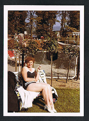FOTO vintage PHOTO, Frau Badeanzug Bademode Rauchen woman swimwear smoke /57