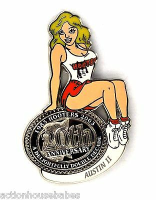 HOOTERS RESTAURANT 20th ANNIVERSARY GIRL AUSTIN II LAPEL BADGE PIN