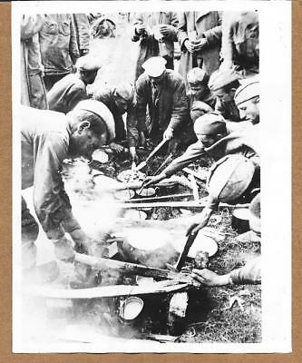 1941 Russian POWs Cooking a Meal Eastern Front  7x9 Original Press Photo