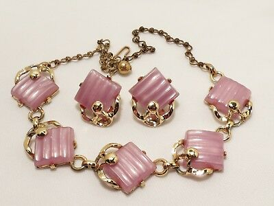 Vintage Ribbed Lavender Lucite Plastic/thermoset Choker Necklace & Earrings Set!