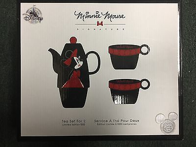 D23 Expo 2017 Minnie Mouse Signature Tea Set For 2 LE 1000 In Hand