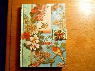 Punch Studio Journal Pattern: Flowers & Birds Craft Brooch On The Closure   New