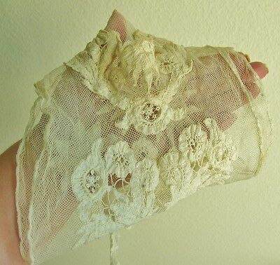 Rare!  Antique Vintage Victorian Lace High Neck Collar Bib