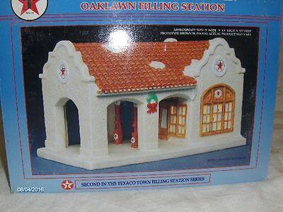 1996 Texico Limited Edition Porcelain Oaklawn Gas Station 2nd in Series (L105