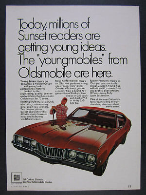 1968 Oldsmobile Olds Cutlass S Holiday Coupe red car photo vintage print Ad