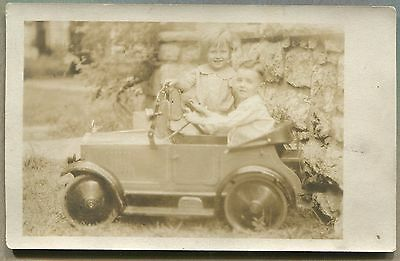 VINTAGE PHOTO POSTCARD Children & Miniature / Pedal Automobile Car