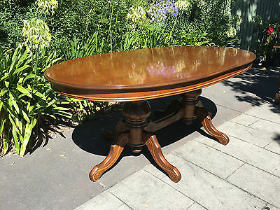 Antique Victorian Style Mahogany 'Butterfly' Extension Dining Table!