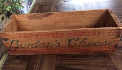 Vintage Borden Wood Cheese Box 2# New York