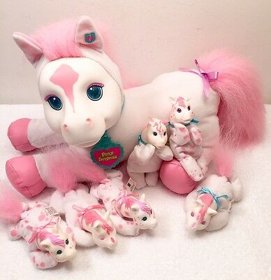 """Hasbro """"PONY SURPRISE"""" White/Pink Pregnant Mom Horse & 6 Baby Foals-Vintage RARE"""