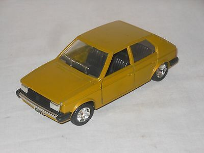 Mebetoys - Mattel - Chrysler Simca Horizon  - 1:25 -