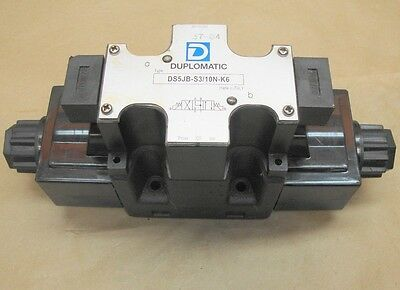 NEW Duplomatic DS5JB-S3/10N-K6 Solenoid Operated Directional Control Valve
