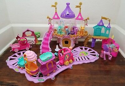 My Little Pony Pony Princess Wedding Castle Playset Train Set Applejacks Barn ++
