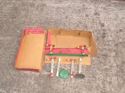Hornby O Gauge No1 Signal Gantry To Restore With A Very Poor Box See Photos