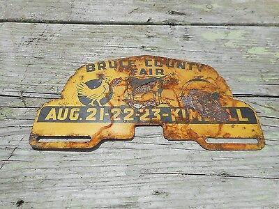Vintage BRUCE CO FAIR KIMBALL Advertising License Plate Topper Sign Chicken COW