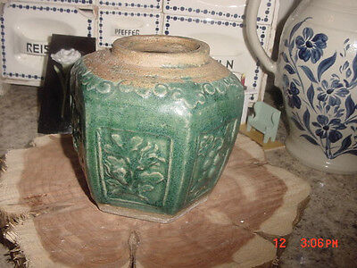 antique chinese green pottery jar/tea caddy-no lid