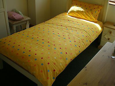 Mr Tumble Style Yellow Spotty Single Quilt And Pillow Case