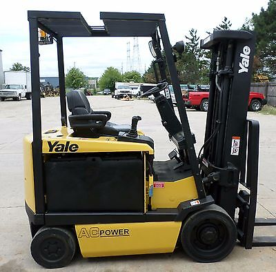 Yale Model ERC050GH (2009) 5000lbs Capacity Great 4 wheel Electric Forklift!!