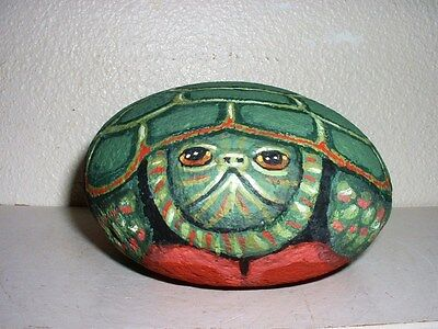 Painted Rock - Green Turtle Wildlife Collectible !  Patio, Deck, Yard ! V. Allen