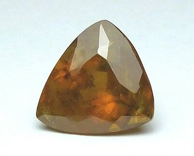 Interessanter Grosser Titanit(Sphene) Aus Russland Triangel 10,80 Ct