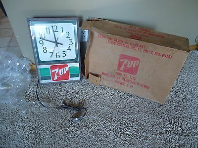 Rare Vintage 1960's 7 Seven Up Advertising Lighted Clock #7195 NEW IN BOX
