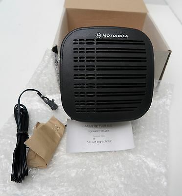 NEW Motorola RSN4001A External 13 Watt Speaker w/Mounting Bracket 2-Way Radio