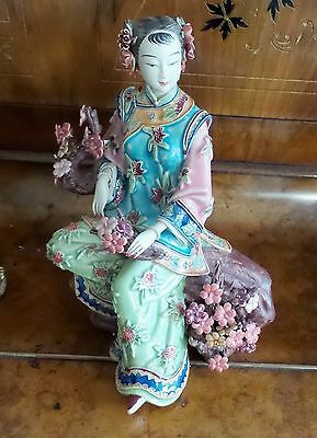 Vintage Shiwan Chinese Ceramic/porcelain Handpainted Figurine Artist Signed