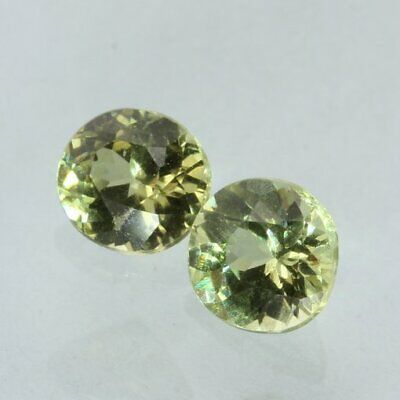 Pair Mali Light Yellowish Green Grossular Garnet Round Gemstone 1.17 carat