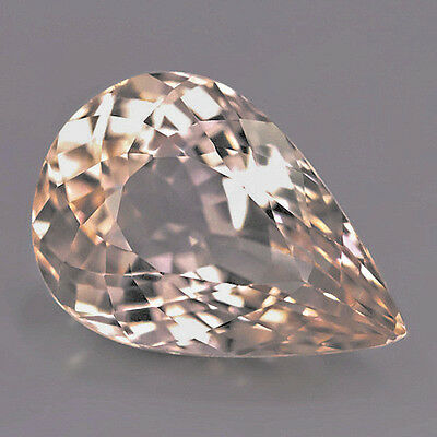 3.72 ct  IF!  Excellenter 11.7 x 8.1 mm Pfirsich Pink Morganit Tropfen