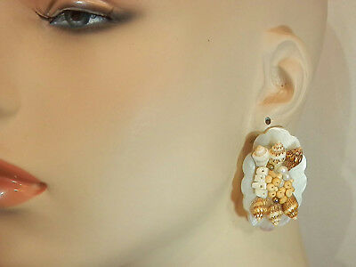Very Unique Vintage 50's Sea Shell And Mother Of Pearl Large Clip Earrings 81M7