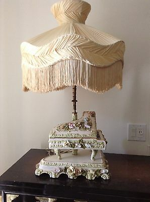 Benrose- #NUMBERED-Italy-Porcelain-Baby-Grand-Piano-Table-Capodimonte-Lamp