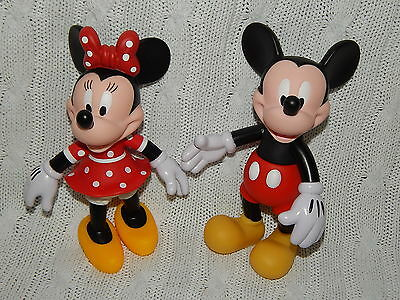 """DISNEY Parks – Lot of 2 MICKEY Mouse/MINNIE Mouse 8"""" Collectible Figurines #S514"""