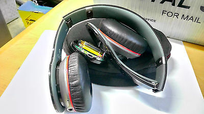 Beats by Dr. Dre Wireless V2 Headphones USED