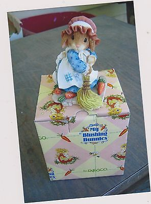 1997 My Blushing Bunnies-Swept Up In The Blessings Of Fall With Box And Coa
