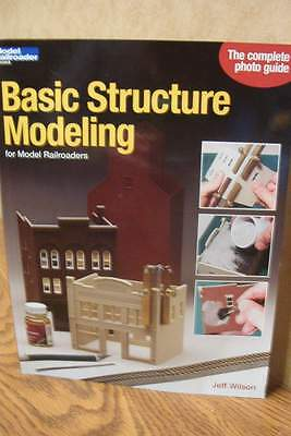 KALMBACH BOOK BASIC STRUCTURE MODELING for MODEL RAILROADERS