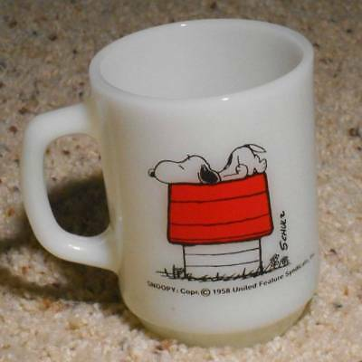 Vintage Snoopy Peanuts Fire King Mug Allergic To Morning