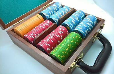 208 Piece Ceramic Poker Chip Set $1 to $25 Chipco Chips With Wood Case