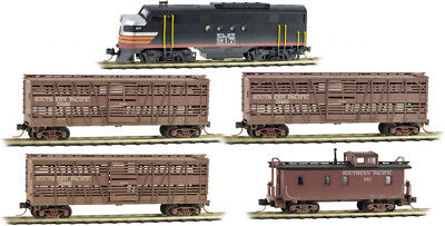 Micro-Trains MTL N-Scale Weathered Cattle Stock Car Set Southern Pacific/SP 4-Pk