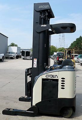Crown Model RR5020-45 (1998) 4500 lbs Capacity Great Reach Electric Forklift!!!!
