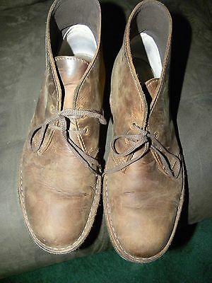 Clarks Men's  Round Toe Leather Brown Chukka Boot Size 9M