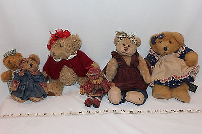 LOt of 7 small teddy bears, Cottage Collection, Russ Bears Used for display!