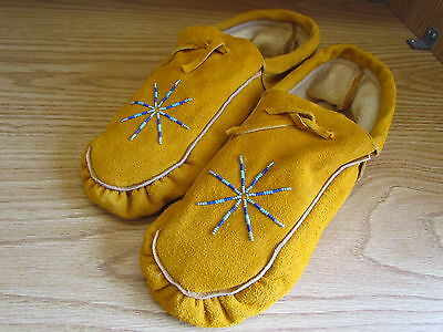 Genuine Native American Moccasins ,sunburst Beadwork Authentic 11 Inches Unique