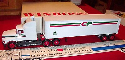 Consolidated Freightways Trucking Tractor Trailer Winross Truck